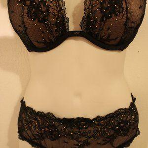Victoria's Secret Intimates & Sleepwear - Victoria's Secret set!